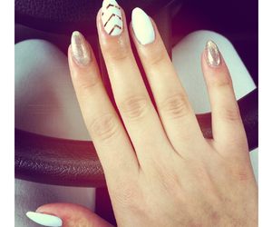 gold, love it, and nails image