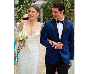 wedding, serenay sarikaya, and cagatay ulusoy image