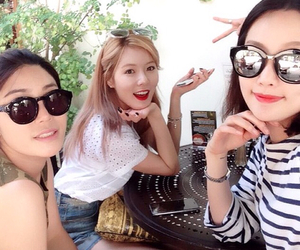 kpop, kim hyuna, and instagram image