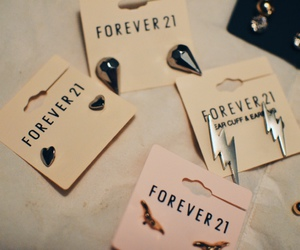 earrings and forever 21 image
