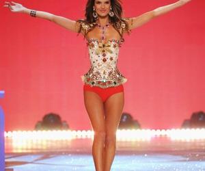 Victoria's Secret, alessandra ambrosio, and model image