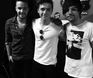 liam payne, louis tomlinson, and brooklyn beckham image