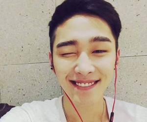 moos and madtown image