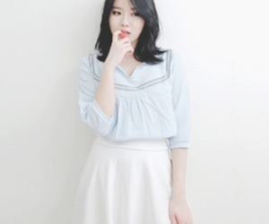 blue and white, kfashion, and ulzzang image