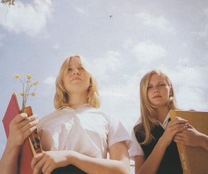 the virgin suicides, Kirsten Dunst, and movie image