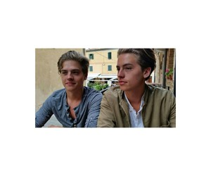 icon, dylan sprouse, and cole sprouse image