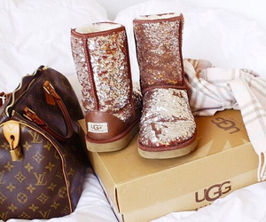 fashion, ugg, and uggs image