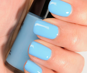 blue, fashion, and manicure image