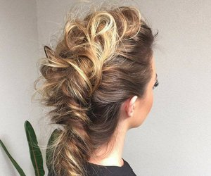 hair and stylowi image