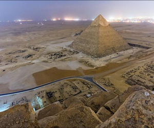 egypt and pyramid image