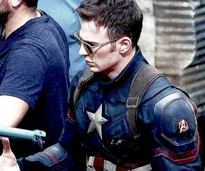 chris evans, capitan america, and steve rogers image