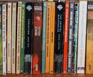 books and doctor who image