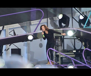 vienna, Harry Styles, and otratour image