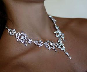 collier, Swarovski, and diamant image