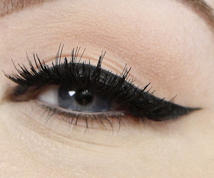 beauty, eye liner, and makeup image
