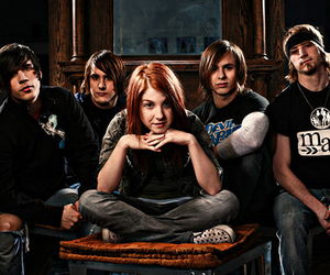 band, hayley, and paramore image