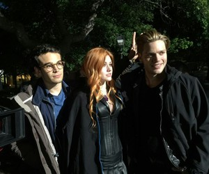 shadowhunters, dominic sherwood, and alberto rosende image