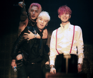 taeyang, seungri, and big bang image