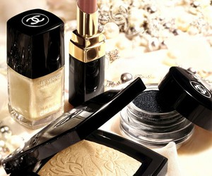 chanel, maquillage, and vernis à ongle image