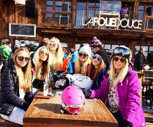 girls and ski image