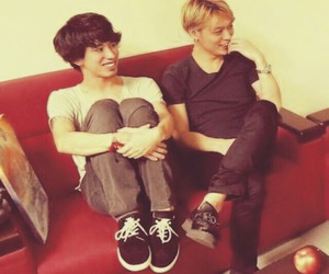 japanese, oor, and one ok rock image