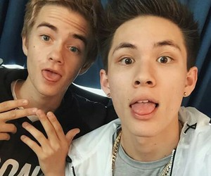 jack johnson, carter reynolds, and magcon image
