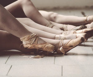 ballet, pointe, and esfuerzo image