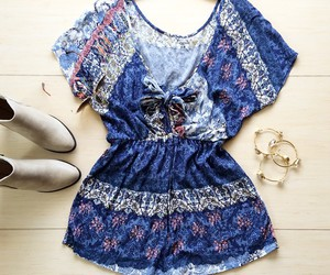 girl, outfit, and accessories image