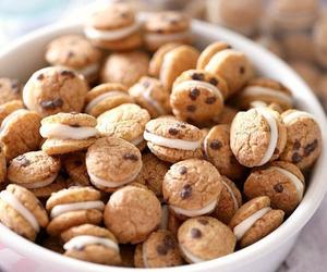 food, Cookies, and chocolate image