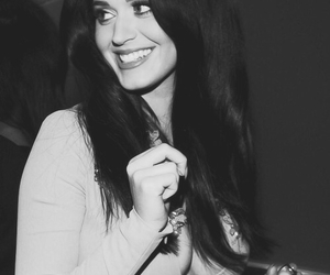 katy perry, smile, and perfect image