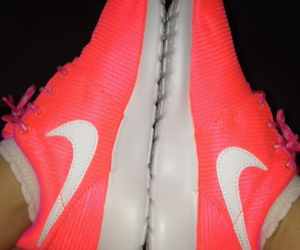 hot pink, nike, and hot pink nikes image