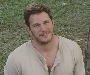 chris pratt, jurassic world, and owen grady image