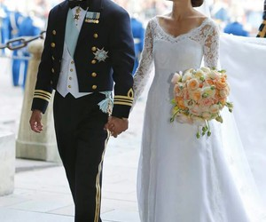 prince carl philip and princess sofia image