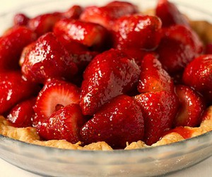 strawberry, pie, and food image