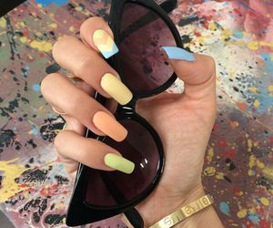 nails and sunglasses image