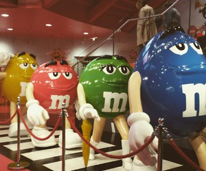 london, the beatles, and m&m's world image