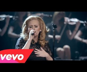 Adele and turning tables image