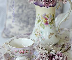 flowers, shabby chic, and home image