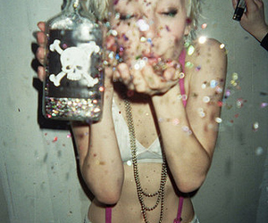 girl, glitter, and :> image
