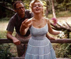 Marilyn Monroe, dress, and flowers image