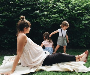 baby, garden, and mamawatters image