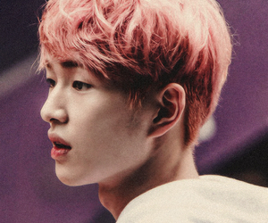 Onew, SHINee, and kpop image