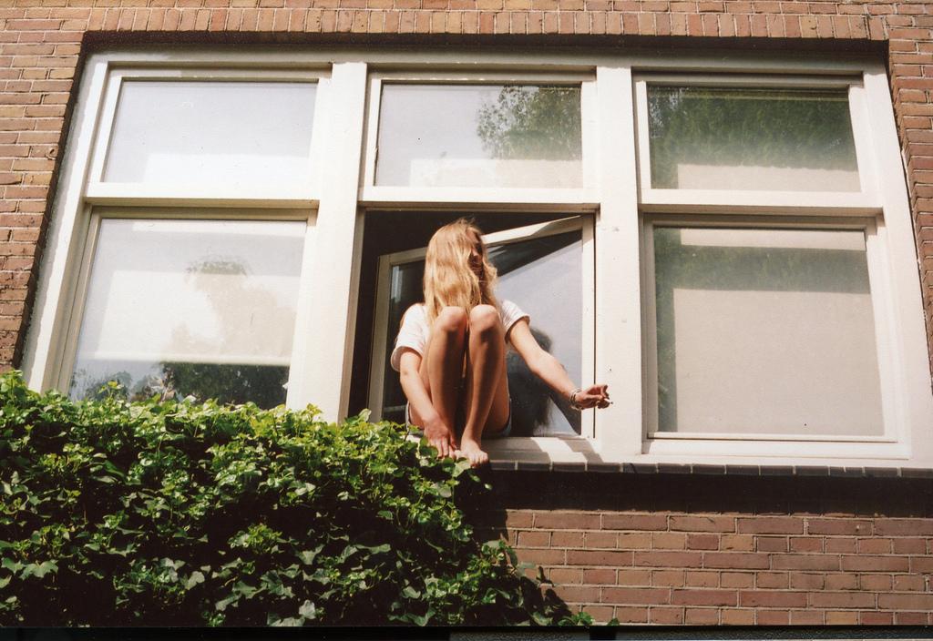 помощью такой соседка моет окна фото стану приводить много
