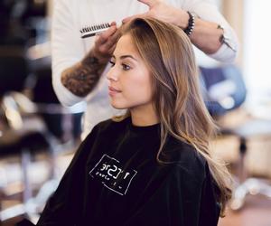 fashion, girl, and hairdresser image