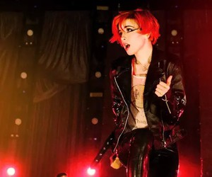 hayley williams, paramore, and concert image