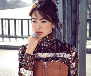 Elle and song hye kyo image
