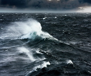 ocean and sea image