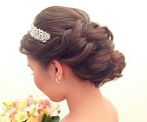 accessories, beauty, and hairdo image