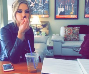pretty little liars, pll, and snapchat image