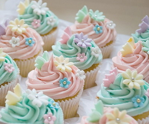 cupcake, food, and flowers image